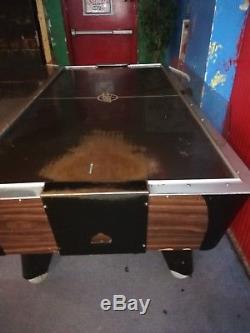 Use air hokey table